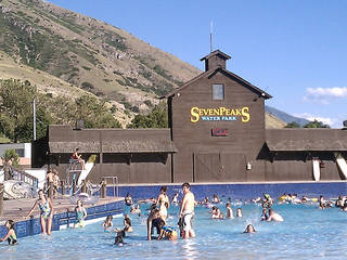 Seven Peaks Water Park © GoodNCrazy